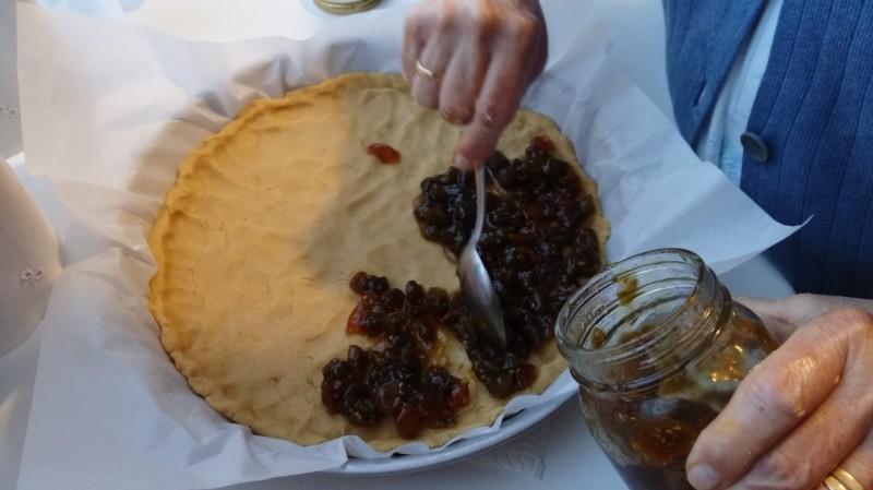 Strato di marmellata sulla crostata