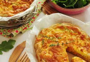 Torta di carote, mele e caprino
